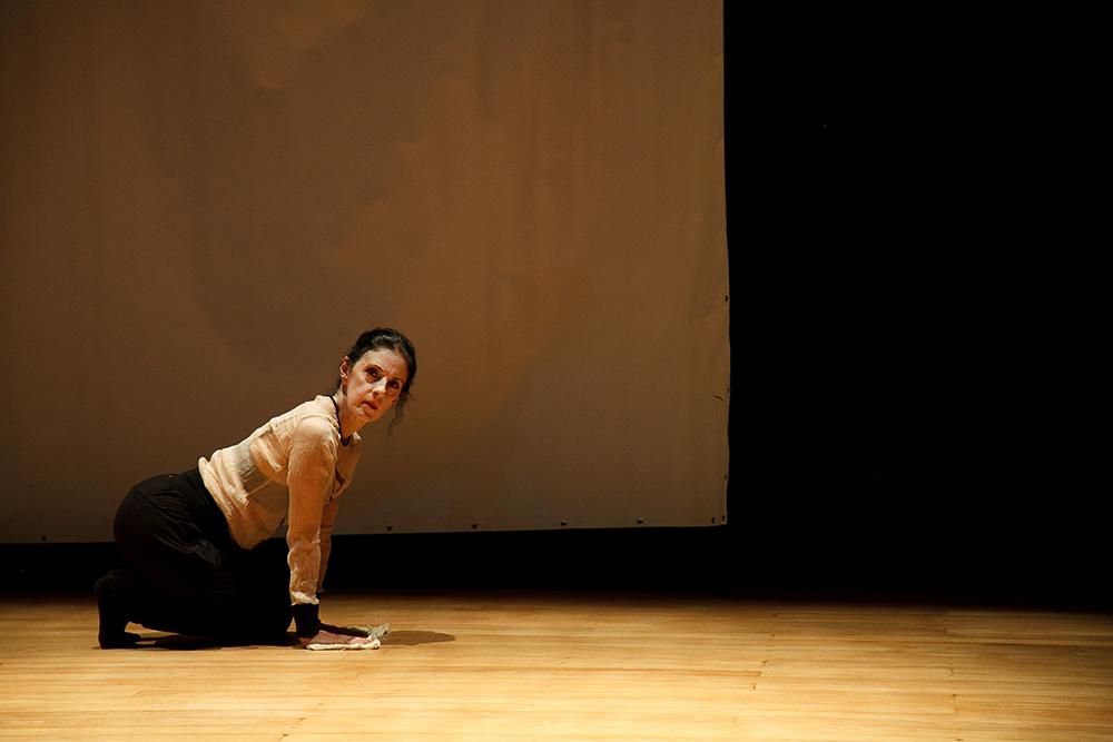 A Cia. Artesãos do Corpo apresenta o espetáculo