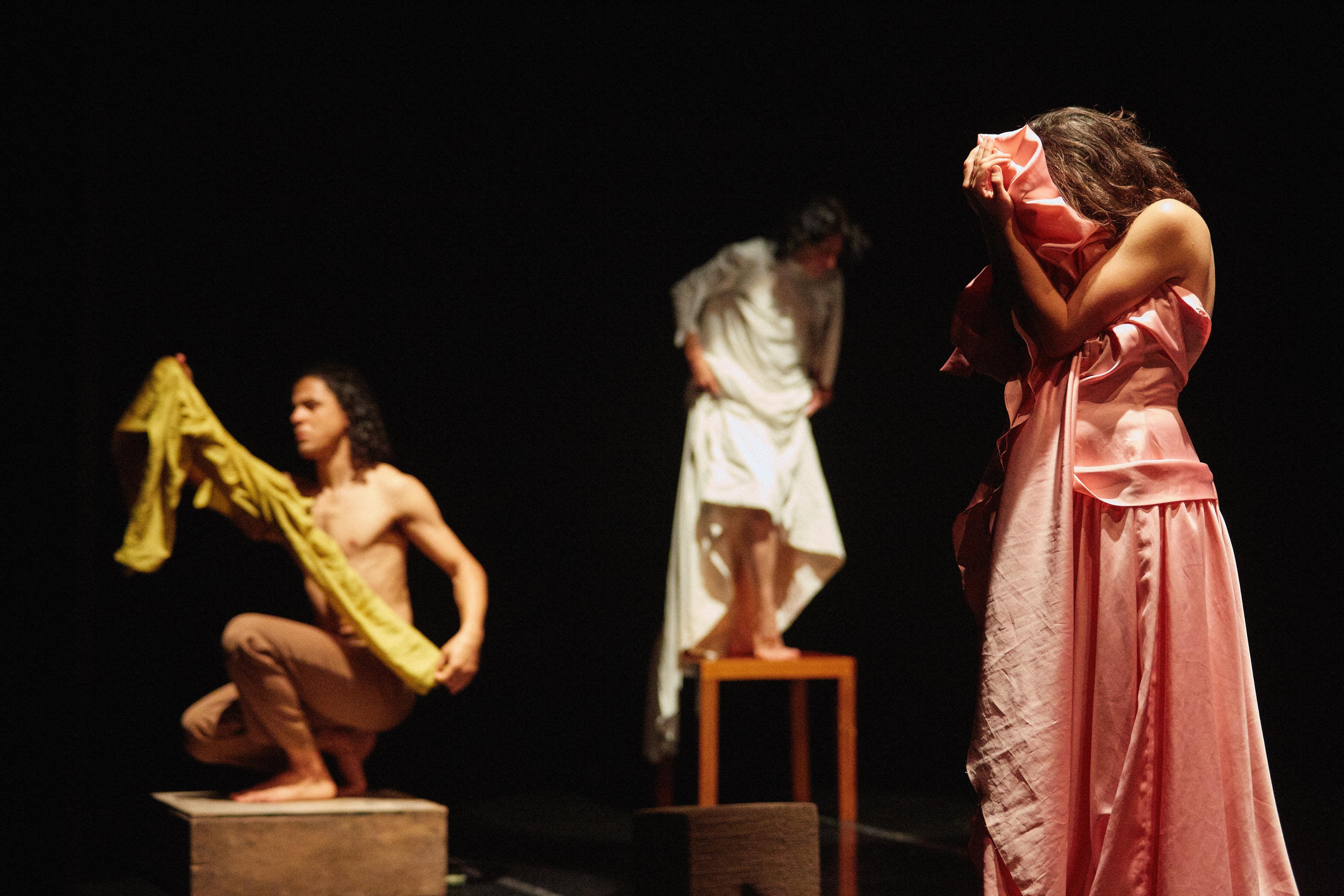 Espetáculo A Beleza tem 3 Mamilos, com Cia. Artesãos do Corpo. Galeria Olido, 24/08/2019. Fotos: Murillo Medina / Fábio Pazzini Fotografia.  +5511/999-451-695  http://www.murillomedina.com.br